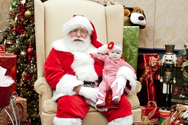 2014 pic with santa Small